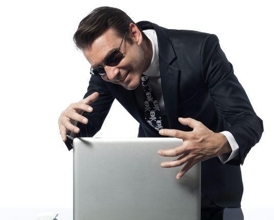 Какие мужчины на сайтах знакомств