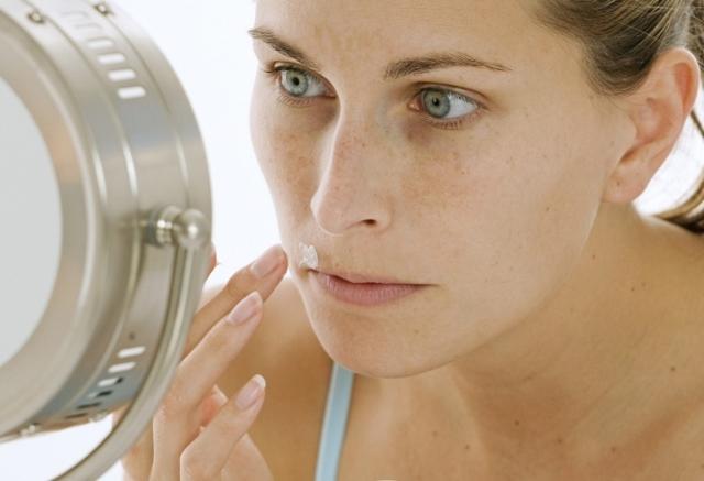 Пигментация над верхней губой и ее причины