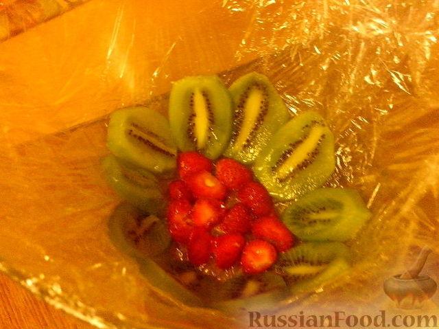 Легкий творожный десерт с фруктами без выпечки