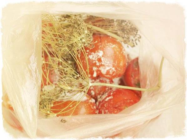 Вкусные малосольные помидоры быстрого приготовления