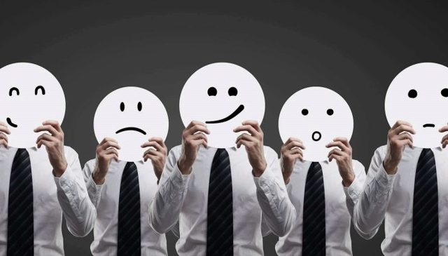 Экзальтированный тип личности: признаки эмоционального человека
