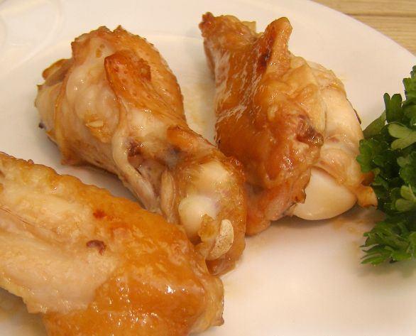 Куриные крылышки бон-бон в медово-соевом соусе