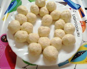 Жареные творожные шарики во фритюре