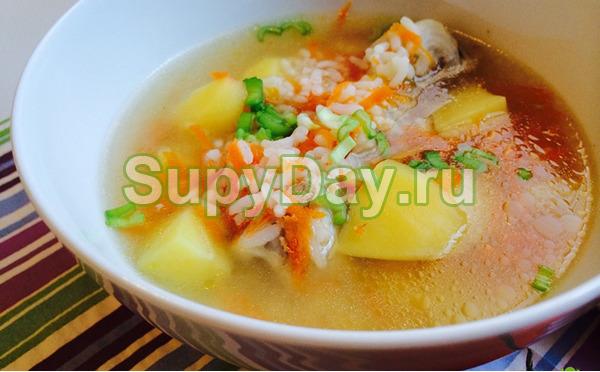 Куриный рисовый суп с мясом и картошкой