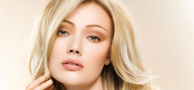 Красивый дневной макияж: тонкости выбора и нанесения косметики