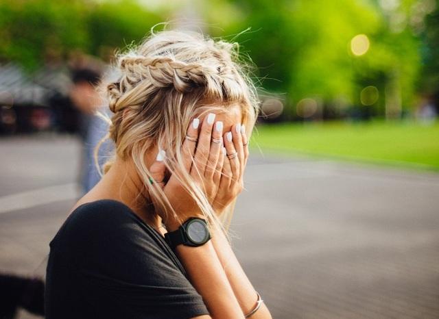 Как перестать краснеть по любому поводу: сгоняем краску с лица