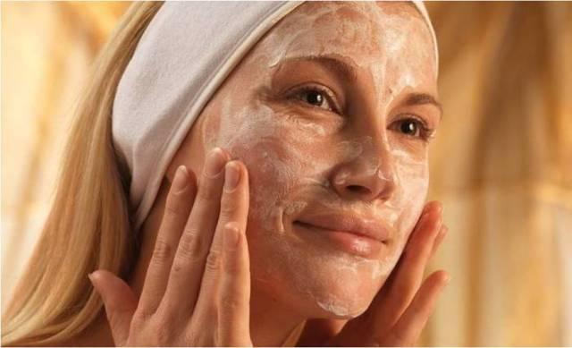Уход за комбинированной кожей лица: домашняя косметология