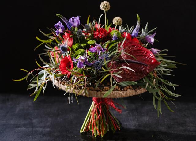 Какие цветы дарят мужчинам: тонкости флористического этикета