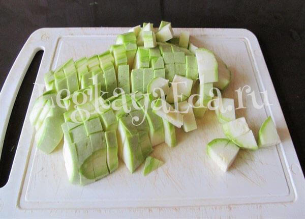 Сочное овощное рагу с кабачками и помидорами