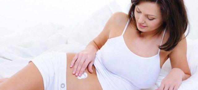 Некрасивые стрии: как избавиться от растяжек после родов