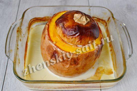 Сладкая тыква, запеченная в духовке целиком с пшенной кашей