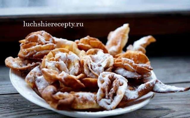 Домашнее печенье хрустящий хворост на водке