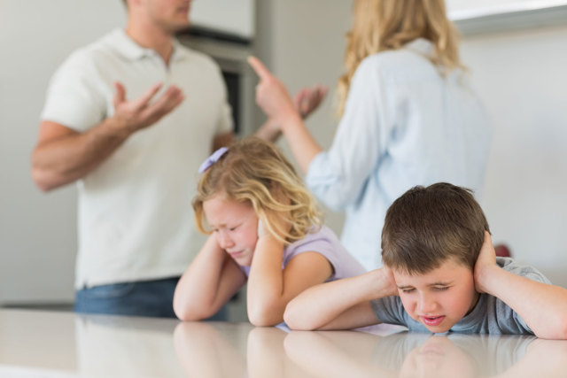 Как жить с нелюбимым мужем: стоит ли удерживать такой союз
