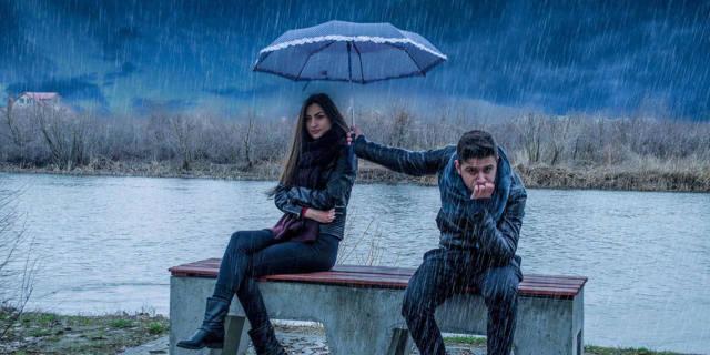 Почему мужчина игнорирует женщину: причины показного безразличия