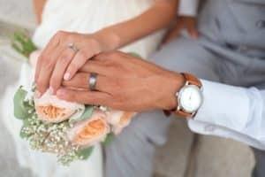 Чем удивить любимого: подарок на годовщину свадьбы мужу