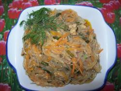 Фунчоза со свининой и овощами с соевым соусом