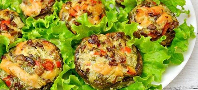 Фаршированные грибы шампиньоны с сыром в духовке