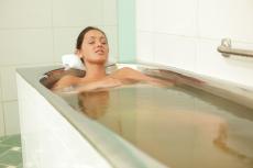 Сероводородные ванны: показания и противопоказания
