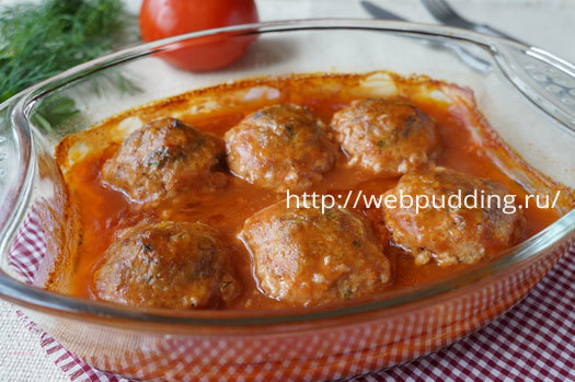 Мясные тефтели с рисом в томатном соусе