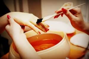 Парафинотерапия для рук – спасение для ослабленной и сухой кожи