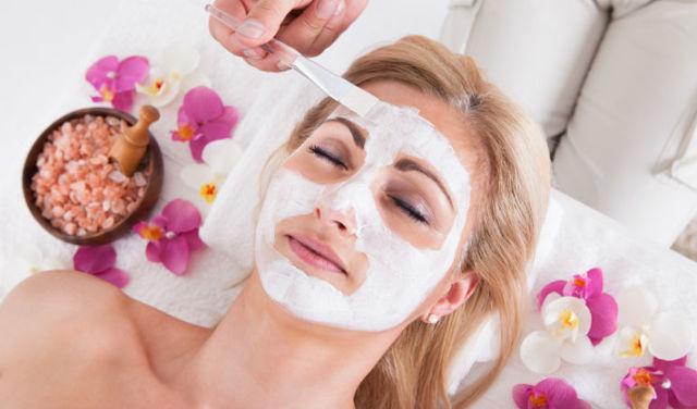 Правильное очищение кожи лица: поверхностная и глубокая чистка