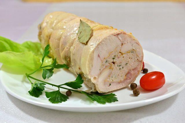 Французская кухня: куриный галантин