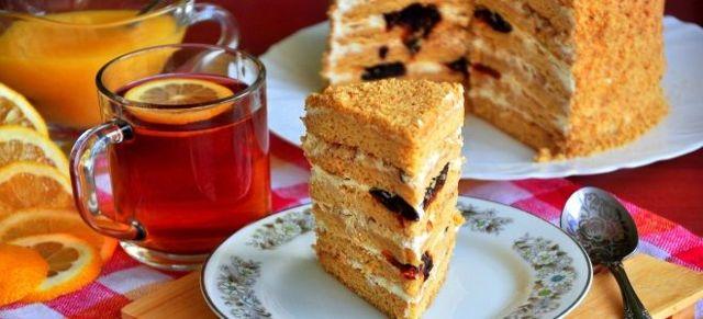 Классический торт медовик со сметанным кремом
