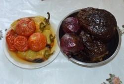 Салат из печеных овощей с кунжутом