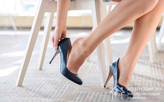 Как разносить новые туфли, которые жмут и сильно натирают