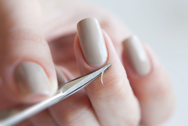 Уход за ногтями в домашних условиях