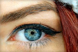 Как правильно пользоваться подводкой для глаз: практические советы
