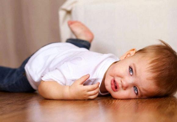 Почему ребенок плохо спит ночью: причины и методы исправления ситуации