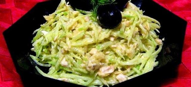 Салат из черной редьки с копченым мясом