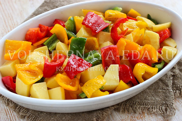 Сочное филе индейки с овощами