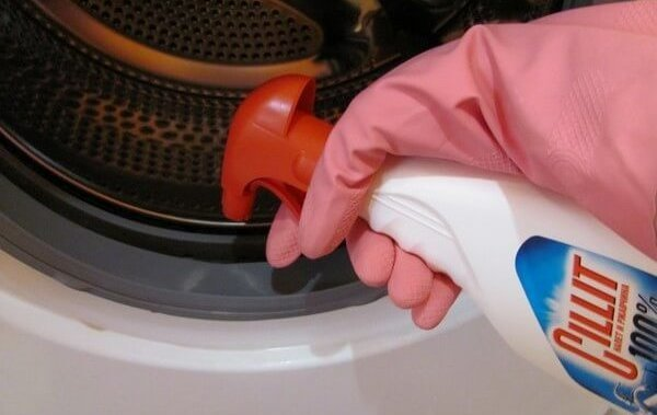 Как убрать противный запах из стиральной машинки-автомат